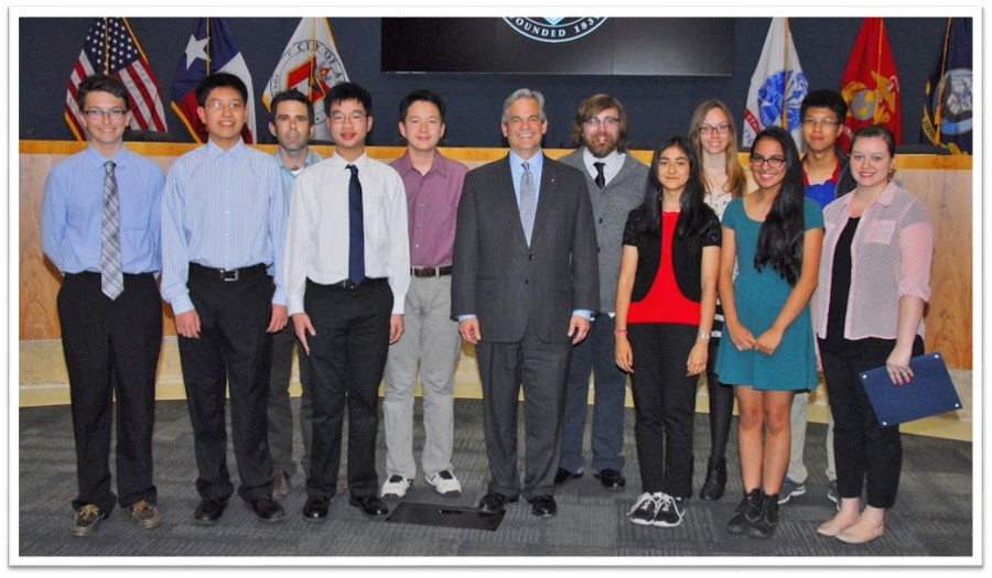 Academic WorldQuest Teams with Austin Mayor Steve Adler